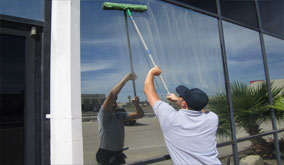 gilbert-commercial-window-cleaning